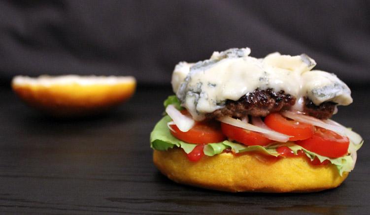 Burger Brötchen mit Kurkuma